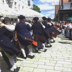 Festzug mit der tanzenden Volkstanzgruppe Frommern (Foto Hempel)